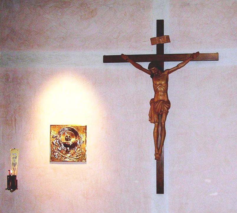Gesù vivo nel Tabernacolo e Gesù in Croce